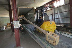 Со склада компании «АлтайСтройМаш» была отгружена конвейерная линия АСМ-100КА в Европейскую часть России