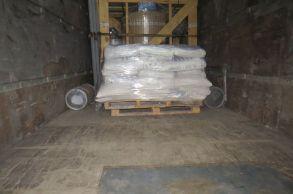 Со склада компании «АлтайСтройМаш» были отгружены химические добавки в Южную часть Казахстана