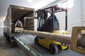 Со склада компании «АлтайСтройМаш» была отгружена конвейерная линия АСМ-40КА в Северную часть Казахстана