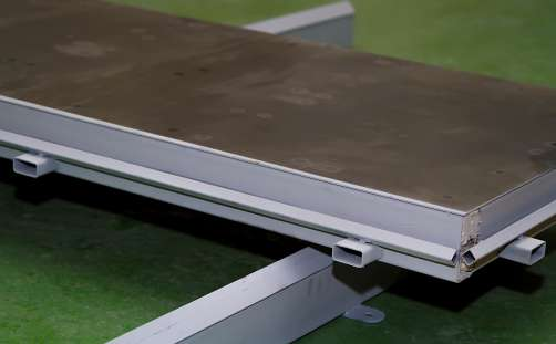 Mold bases (1,2×0,6×0,3 m for 6 gas-concrete blocks) with the metal bottom