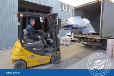 Отгружено навесное оборудование для погрузчика в Киргизию.